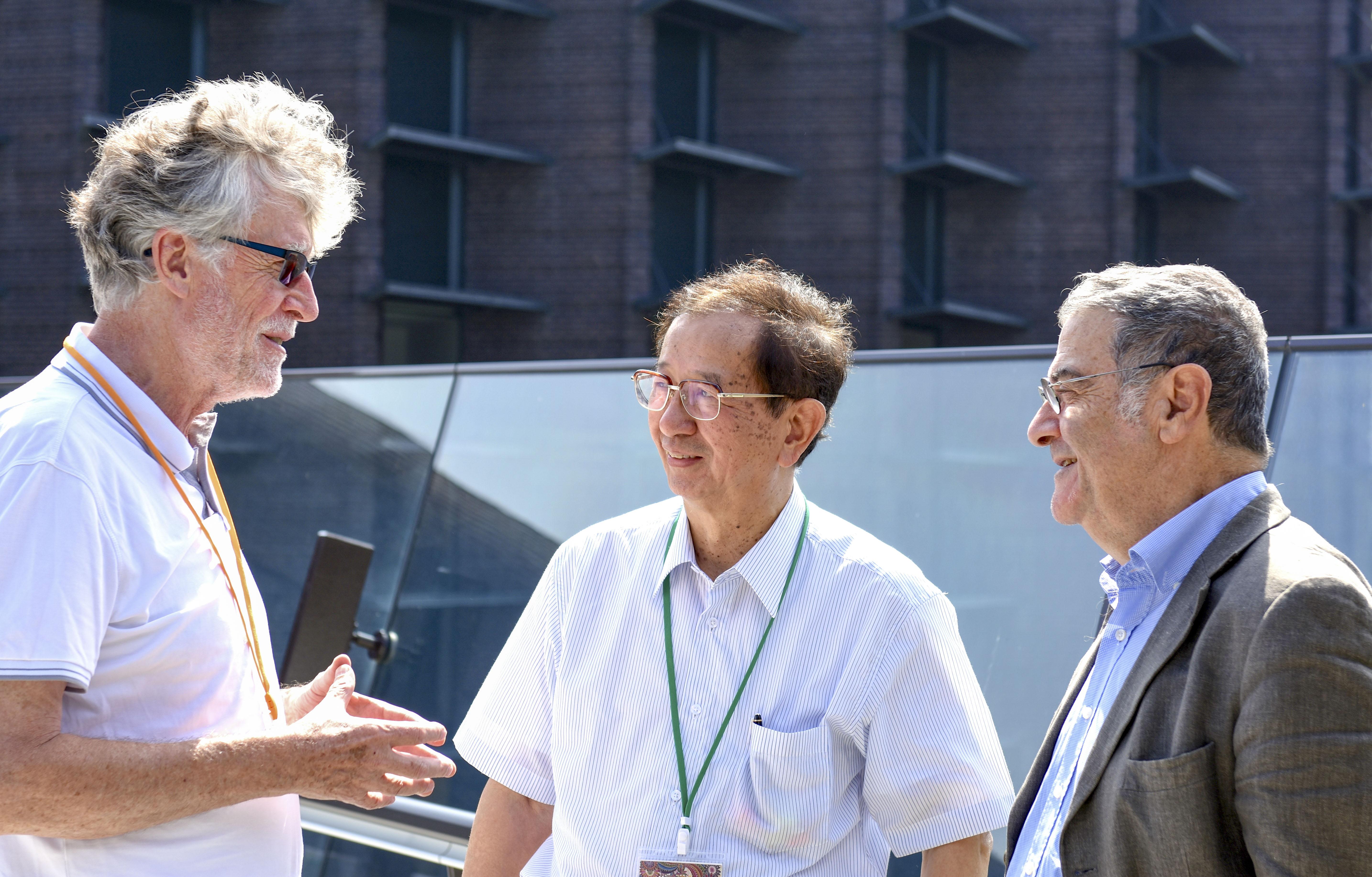 アルブレヒト・ワグナー博士、李遠哲博士、セルジュ・アロシュ博士