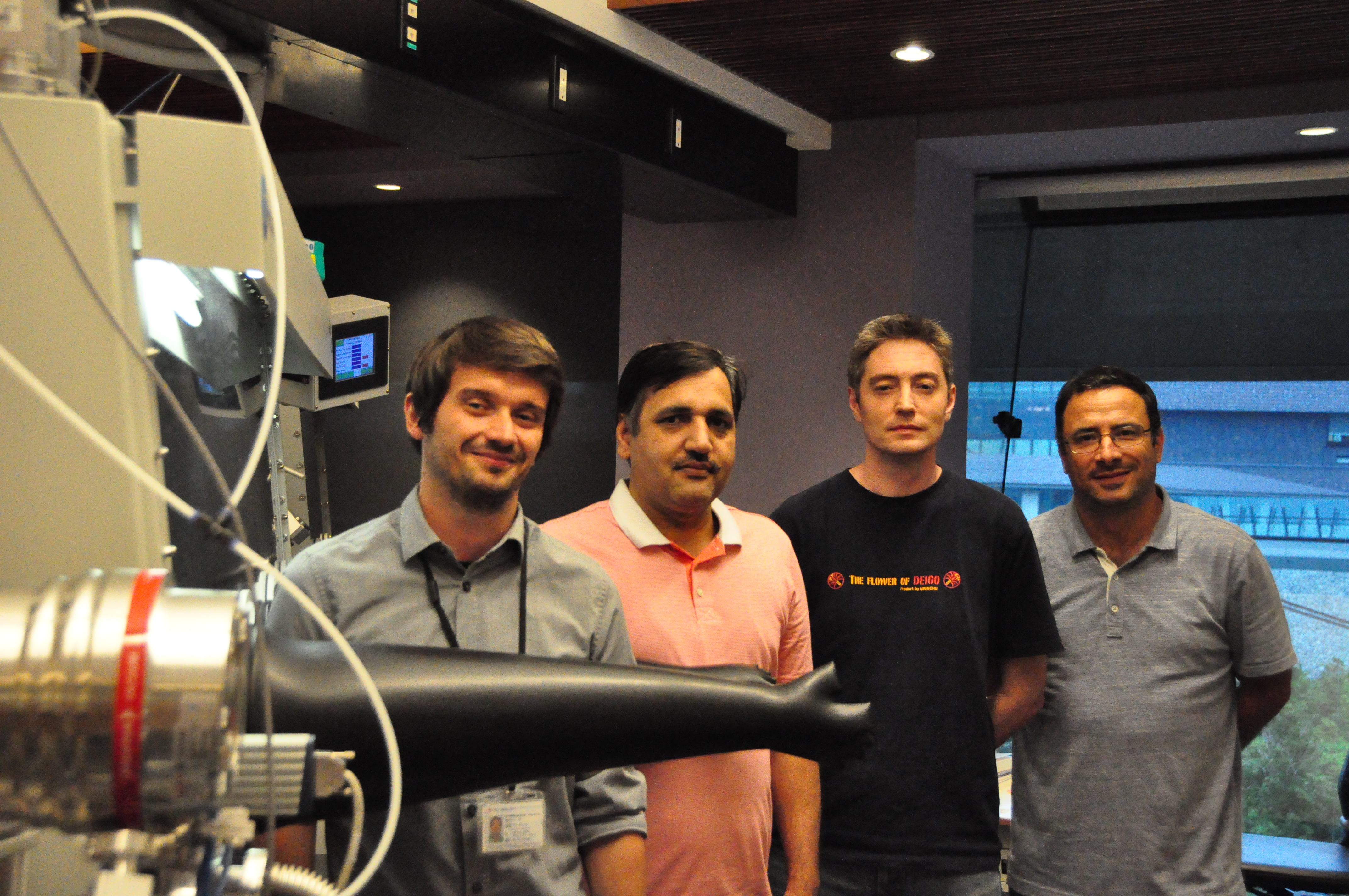 Researchers from OIST's Nanoparticles by Design Unit who studied the nanowire-nanoparticle interactions
