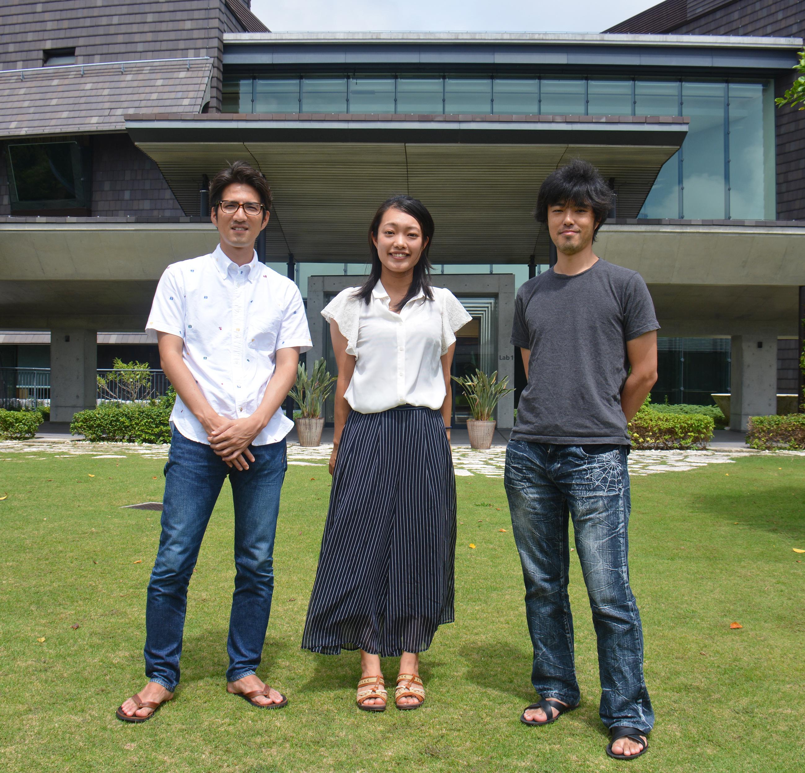 (左から)新里宙也博士、座安佑奈博士、中島祐一博士