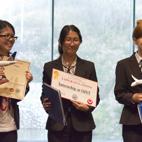 First-place winners Haruna Miyazato, Rui Yamashiro, and Mako Tibana from the Okinawa National College of Technology.
