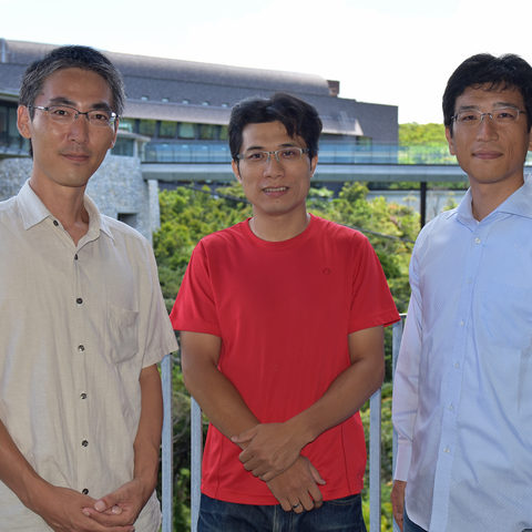 (From left) Mr Kyota Kamiyoshi, Dr Kun-Yi Hsin, and Dr Yoshiyuki Asai, from the OIST Integrated Open Systems Unit