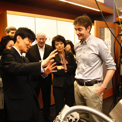 Minister Yamamoto and Cathal Cassidy of the Nanoparticles By Design Unit