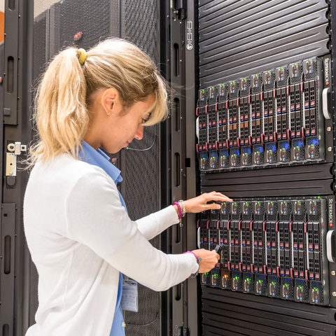 Technicians work for Super Computer
