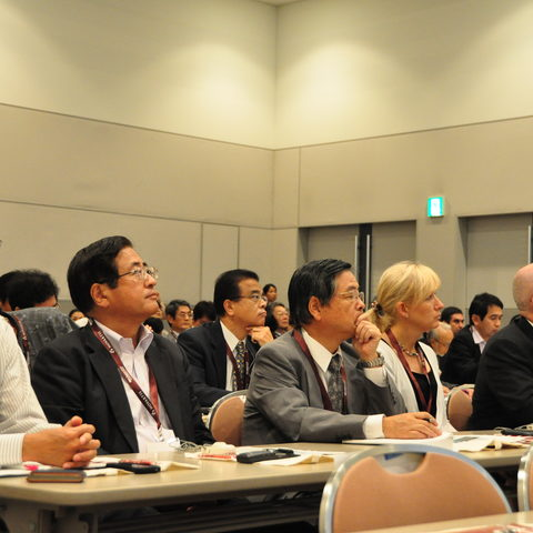 About 120 people came to the OIST seminars at BioJapan2012