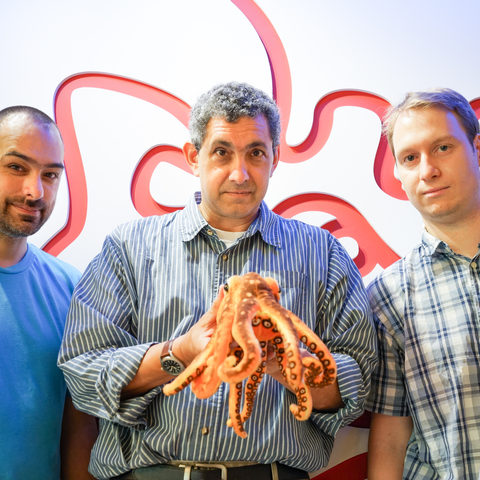 (From Left) Eric Edsinger, Daniel Rokhsar, Head of the Molecular Genetics Unit and Oleg Simakov, co-first-author.