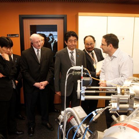 Prof. Sowwan and Prime Minister Abe