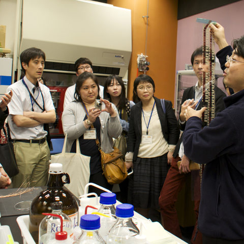 Science Communication Workshop Lab Tour