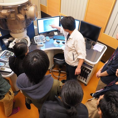 Students in the Science Challenge visit OIST labs
