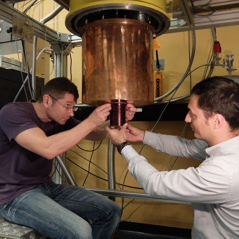 Superconducting Magnet for Quantum Experiment